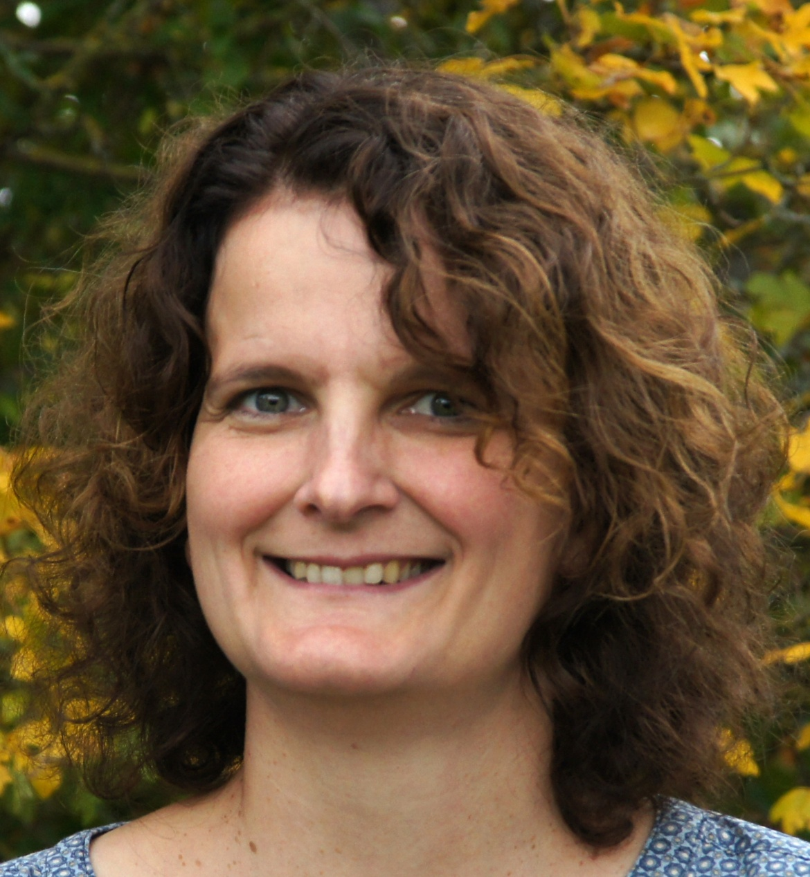 Dr. Friederike Stoll