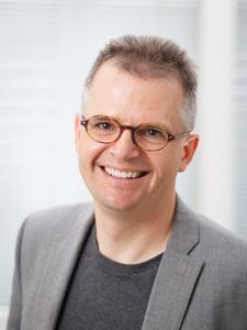 Prof. Dr. Harald Giessen