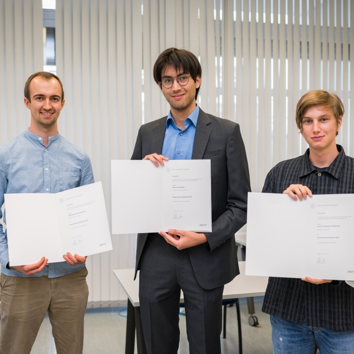 Jann van der Meer, Valentin Zimmermann und Yannick Schellander (Preise für die besten Abschlüsse in der Physik)