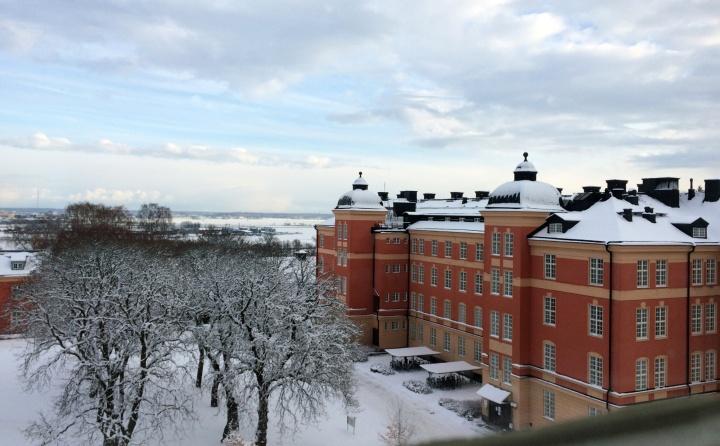 Universitätsgebäude in Uppsala im Winter